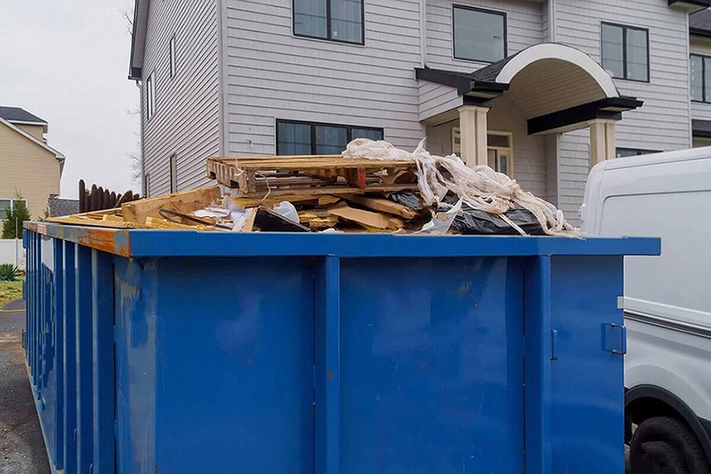 Services-Henderson Dumpster Rental & Junk Removal Services-We Offer Residential and Commercial Dumpster Removal Services, Portable Toilet Services, Dumpster Rentals, Bulk Trash, Demolition Removal, Junk Hauling, Rubbish Removal, Waste Containers, Debris Removal, 20 & 30 Yard Container Rentals, and much more!